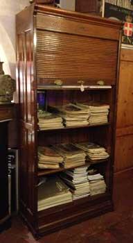 Antiquariato castellani antiquari in cortona dal 1919 for Mobile schedario ufficio